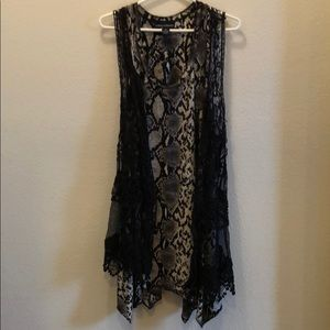 Snakeskin dress with cute back outer vest size M